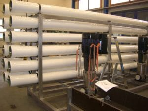 Umkehrosmoseanlage für reines Wasser im Bau