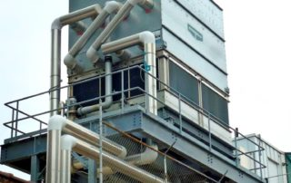 Kühlturm mit Verdunstungskühlanlage, Nasskühlturm