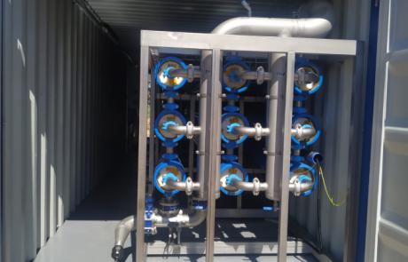 Umkehrosmoseanlage in Container verbaut